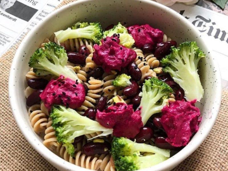 Bowl pâtes brocolis haricots rouges recette